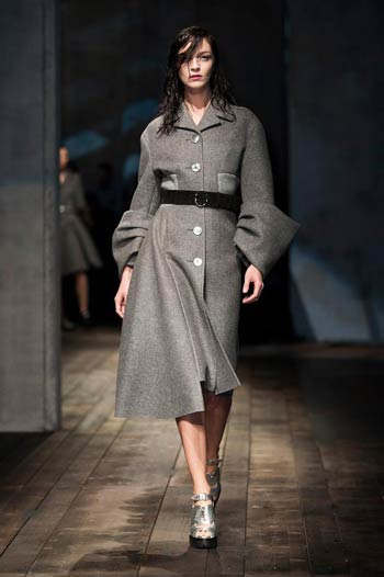 prada-fall-winter-2013-2014-02