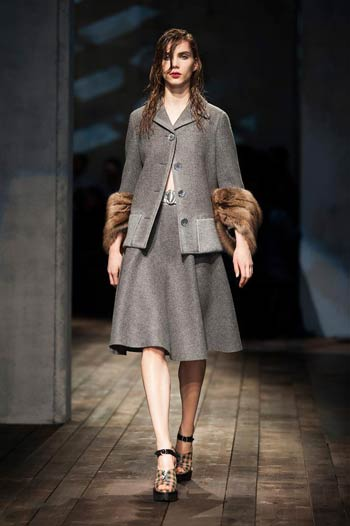 prada-fall-winter-2013-2014-03
