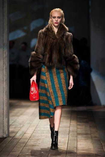 prada-fall-winter-2013-2014-06