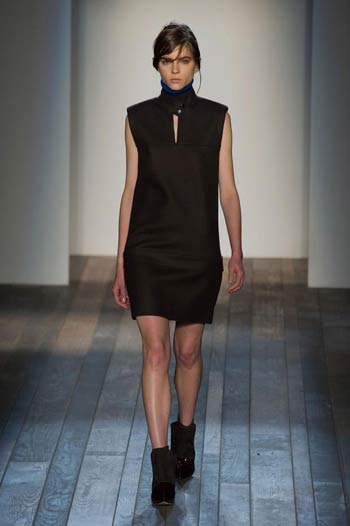 victoria-beckham-collection-fall-winter-2013-04