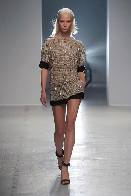 anthony-vaccarello-collection-spring-summer-2014-09