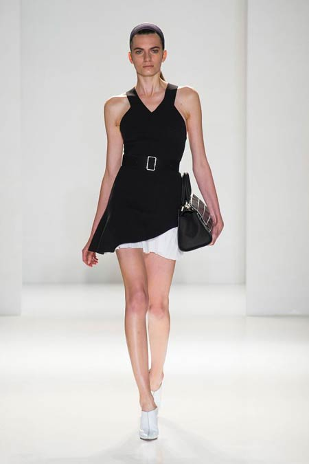 victoria-beckham-collection-spring-summer-2014-02
