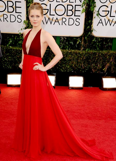 amy-adams-golden-globes-red-carpet-2014-01