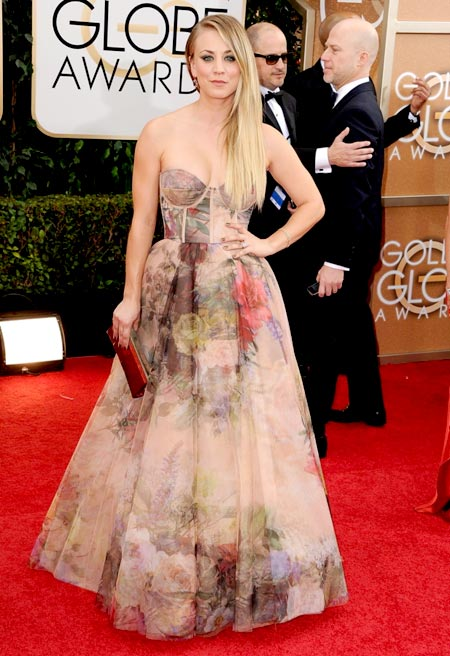 kaley-cuoco-golden-globes-red-carpet-2014